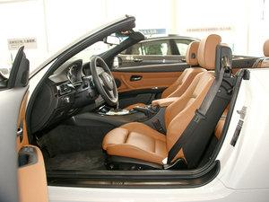 2011款335i 敞篷轿跑车 前排空间