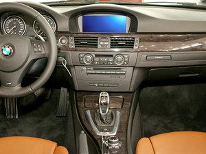 2011款335i 敞篷轿跑车 中控台