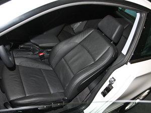 2011款120i 前排座椅
