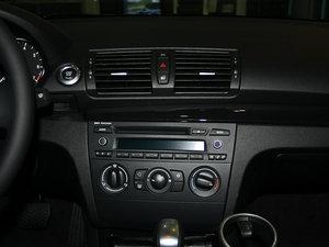2011款120i 中控台