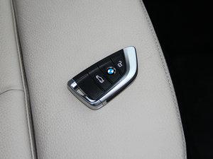 2015款218i 运动设计套装 钥匙