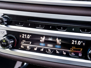 2016款730d xDrive M Sport 中控区