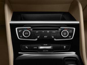 2015款225xe plug-in hybrid 中控区