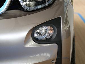 2016款升级款 增程型 雾灯