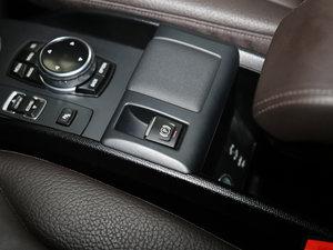 2016款升级款 增程型 驻车制动器