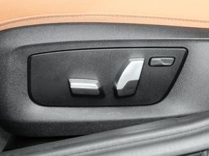 2017款525i M运动套装 座椅调节
