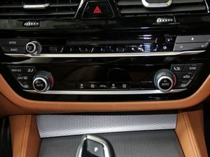 2017款525i M运动套装 空调调节