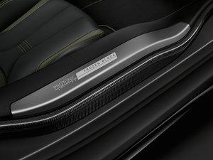 2017款Protonic Frozen Black Edition 空间座椅