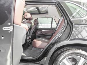 2017款xDrive40e 后排空间