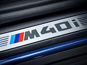 2018款M40i 空间座椅