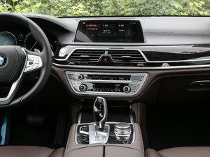 2018款740Li 领先型 M运动套装 中控台