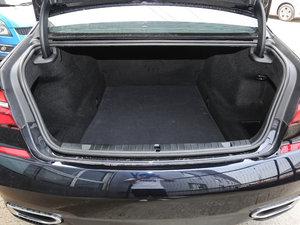 2018款730Li 尊享型 M运动套装 行李厢空间