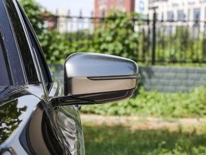 2018款M760Li xDrive 后视镜