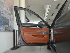 2018款M760Li xDrive 驾驶位车门