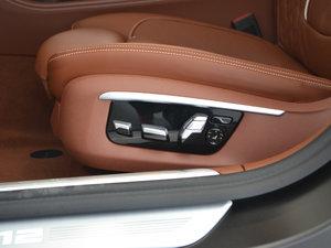 2018款M760Li xDrive 座椅调节