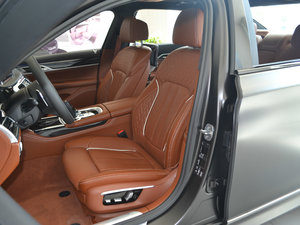 2018款M760Li xDrive 前排座椅