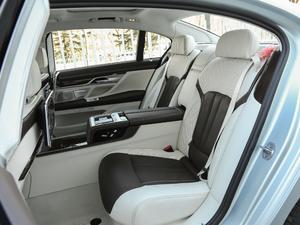 2018款740Li xDrive 40周年特别版 后排座椅