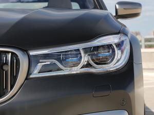2018款M760Li xDrive 头灯