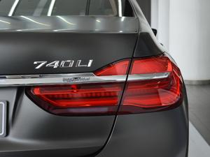 2018款740Li xDrive 尊享型 卓越套装 尾灯