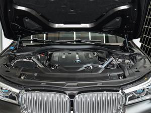 2018款740Li xDrive 尊享型 卓越套装 发动机