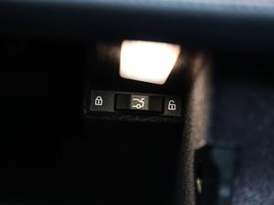 2018款740Li xDrive 尊享型 M运动套装 黑焰版 其它