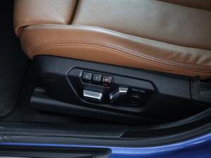 2018款330i xDrive M 运动型 座椅调节