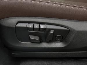 2018款xDrive28i 座椅调节