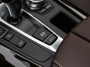 2018款xDrive28i 驻车制动器