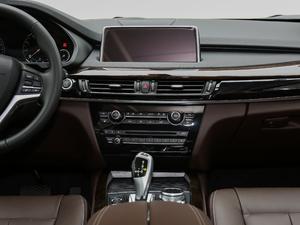 2018款xDrive28i 中控台