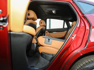 2018款xDrive35i M运动豪华型 后排座椅放倒