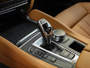 2018款xDrive35i M运动豪华型 变速挡杆