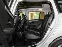 空间座椅宝马2系多功能旅行车后排空间