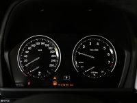 中控区宝马2系多功能旅行车仪表