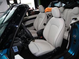 2017款3-DOOR COOPER 加勒比蓝限量版 前排座椅