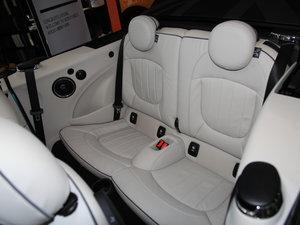 2017款3-DOOR COOPER 加勒比蓝限量版 后排座椅