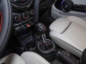 2017款3-DOOR COOPER 加勒比蓝限量版 变速挡杆
