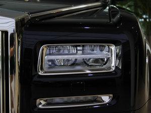 2013款6.7L 加长版 头灯