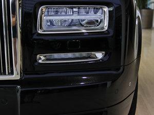 2013款6.7L 加长版 雾灯