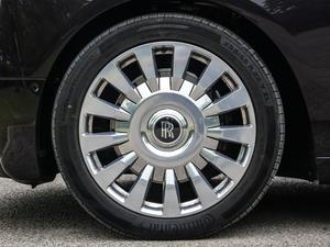2019款长轴距版 轮胎