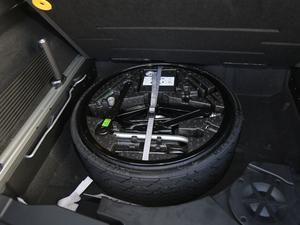 2019款3.0 TSI 锐智版 备胎