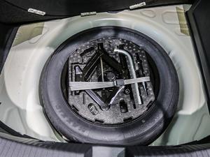 2019款280TSI 珍藏版 备胎