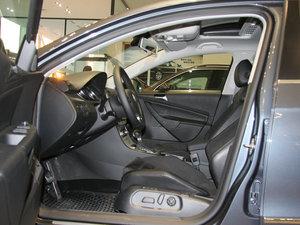 2009款3.6L  旅行车 前排空间