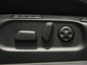 2009款3.6L  旅行车 座椅调节