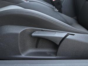 2013款2.0T 座椅调节