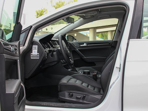 2014款1.4 TSI 豪华型 前排空间