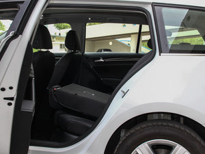 2014款1.4 TSI 豪华型 后排座椅放倒