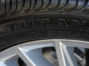 2015款2.0TSI 豪华版 轮胎尺寸