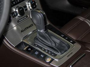 2014款四驱版 变速挡杆