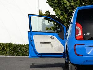 2015款电动车 驾驶位车门