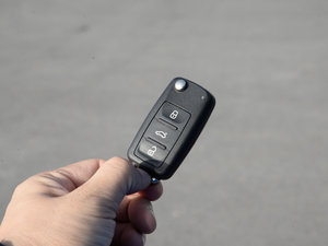2015款电动车 钥匙